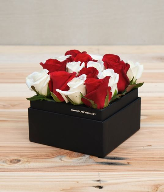 For The Mom Who Loves Decor: Flower In A Box
